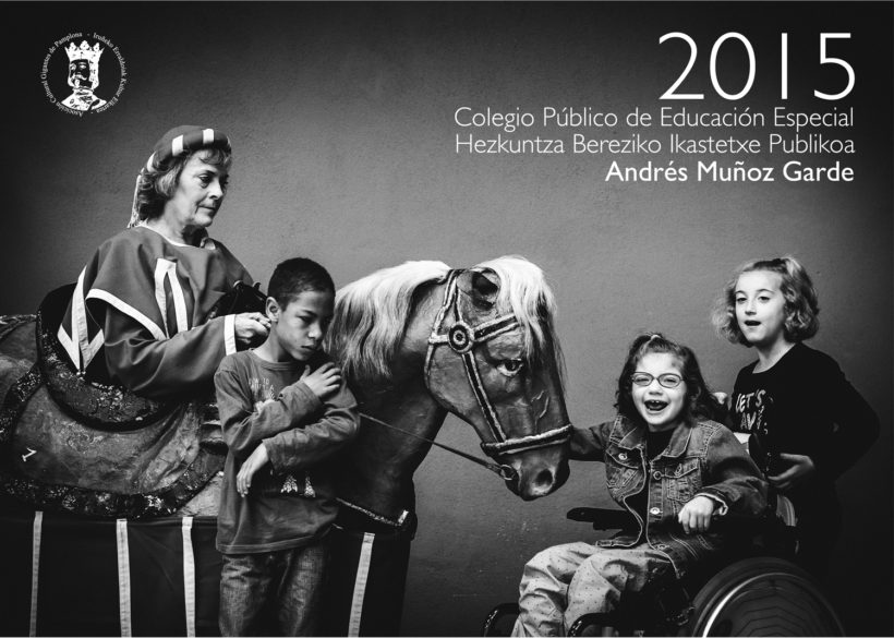 Comparsa de Gigantes y Cabezudos de Sanfermin Calendario 2015