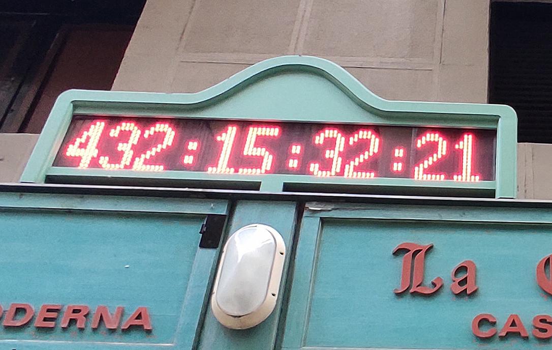reloj de san fermin marcando 432 días para san fermin